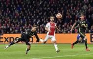Xé lưới Ajax, Ronaldo xứng danh 'máy dội bom' trên không