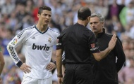 SỐC! Ronaldo bị chửi mắng thậm tệ dù ghi hattrick