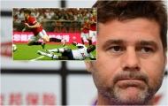 'Tôi thay mặt các cầu thủ gửi lời xin lỗi tới Manchester United'