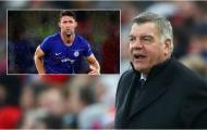 'Thật ngạc nhiên khi chưa có ai ký hợp đồng với cậu ta'