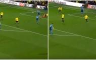 Cleverley là chuyên gia 'tận dụng sai lầm' của Arsenal