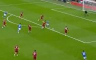 Nhìn kìa Liverpool! Có một Van Dijk 'xa lạ' ở mùa giải năm nay