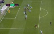 Bàn thắng thứ hai của Man City được ghi bởi De Bruyne hay David Silva?
