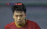 Xé toạc lưới U22 Indonesia, trung vệ Thành Chung biểu hiện 'cực gắt'