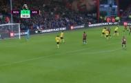 Ai mắc lỗi trong bàn thua của Arsenal?