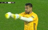 Sergio Romero thực sự đã mắc lỗi trong bàn thua của Man Utd?