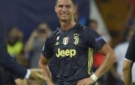 Thẻ đỏ ở Mestalla: Quả báo cho Ronaldo?