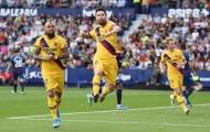 Vẻ mặt không nói nên lời của Messi khi chứng kiến Barca 'tặng' 3 điểm cho Levante