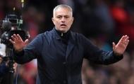 Phiên chợ Đông sắp tới, lối đi nào cho Mourinho?