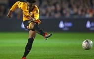 Chelsea nhảy vào cuộc đua giành 'sao mai' lạ với Man United