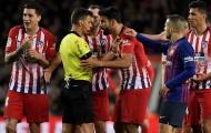 Học Khá bảnh, Costa làm điều khó tin sau tấm thẻ đỏ oan trái