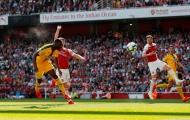 'Cậu ta thi đấu như một cậu bé' - Martin Keown 'hủy diệt' sao Arsenal