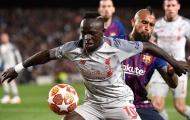 5000 fan Barca muốn sao Liverpool bị cấm vì 'đánh' Vidal