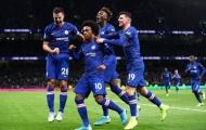 Fan Chelsea: 'Tiền vệ phòng ngự hay nhất EPL'; 'Màn trình diễn vô thực'