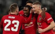 Mark Lawrenson: 'Man Utd có hàng tiền vệ mạnh với 3 cầu thủ đó'