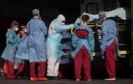 COVID-19 diễn biến phức tạp, xuất hiện ca tử vong trẻ nhất nước Anh