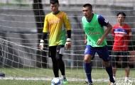 HLV Hữu Thắng loại 3 cầu thủ trước giờ đi Hàn Quốc