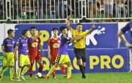 Ban huấn luyện Hà Nội FC 'phát điên' vì trọng tài