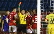 Vòng 22 V-League: Trọng tài 'bẻ còi', SLNA đại thắng trên sân Vinh - Hà Nội 'chết hụt' ở phố biển