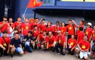 Fan Việt Nam đổ bộ Buriram 'tiếp lửa' thầy trò HLV Park Hang-seo