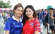 Fan Thái xinh ngất ngây, quẩy hết mình trước 'đại chiến' King's Cup