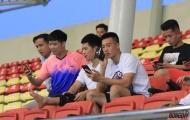 Dàn sao đội tuyển xem giò U23 Việt Nam đấu đàn em U18