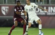 Không Neymar và Mbappe, cựu sao Stoke City đưa PSG lên đỉnh BXH