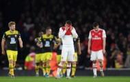 Lacazette tỏa sáng phút cuối, Arsenal 'chết hụt' trước đội áp chót BXH