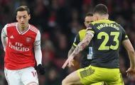Unai Emery cũng phải 'chào thua' trước hàng phòng ngự của... Arsenal