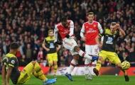 5 điểm nhấn Arsenal 2-2 Southampton: Hàng thủ thảm họa; Người hùng Lacazette