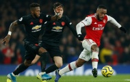 Phô diễn kỹ năng, Nicolas Pepe biến 'bom tấn' của Man Utd thành gã hề trên sân