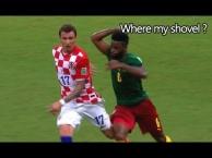 Những chiếc thẻ đỏ hài hước nhất lịch sử bóng đá