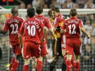 Bàn thắng kinh điển: Xabi Alonso vs Newcastle