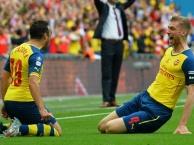 Top 10 bàn thắng đá phạt đẹp nhất trong lịch sử Arsenal
