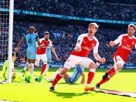 Monreal ghi bàn tuyệt đẹp san bằng tỷ số cho Arsenal (Arsenal vs Man City, bán kết FA Cup)