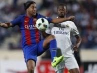 Màn trình diễn siêu đẳng của Ronaldinho vs Real Madrid Legends