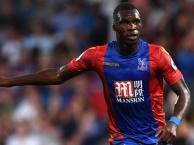 Benteke tiếp tục thể hiện khả năng săn bàn đáng sợ ở Crystal Palace