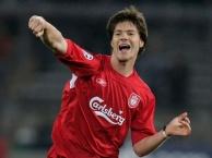 Xabi Alonso thời còn khoác áo Liverpool