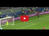 3 pha cản phá penalty thành công của Claudio Bravo vs Bồ Đào Nha