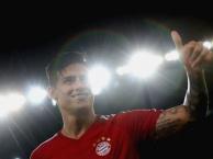 James Rodriguez bất lực trước hàng thủ AC Milan