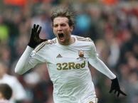 Còn ai nhớ sát thủ một mùa của Swansea?