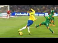 Những pha đi bóng ảo diệu của Neymar