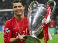 Ronaldo và mùa giải thần thánh cùng Man United