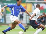 Khi Ronaldinho và Neymar 'song kiếm hợp bích'