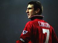 Vì sao Cantona luôn được yêu quý tại sân Old Trafford?