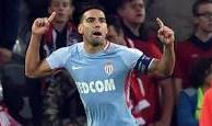 Radamel Falcao tiếp tục tỏa sáng trong trận đấu với Lille