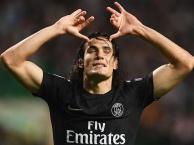 Pha bỏ lỡ mười mươi của Edinson Cavani trước Montpellier