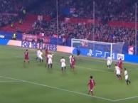 Bàn thắng 'mở màn' hiệp 1 tưng bừng của Liverpool trước Sevilla