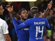 Trận cầu hấp dẫn, Chelsea bắt nạt Qarabag ở lượt đi