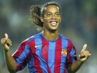 Ronaldinho và những kĩ thuật của bóng đá đường phố
